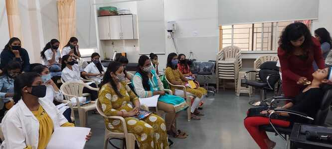 Diploma in Beauty Parlour
